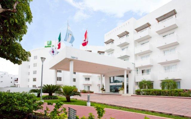 Отель Holiday Inn Cancun Arenas Мексика, Канкун - отзывы, цены и фото номеров - забронировать отель Holiday Inn Cancun Arenas онлайн вид на фасад