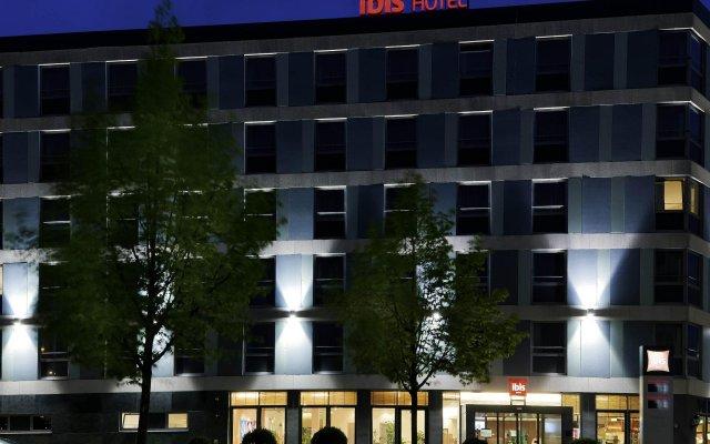 Отель ibis Köln Messe Германия, Кёльн - отзывы, цены и фото номеров - забронировать отель ibis Köln Messe онлайн вид на фасад