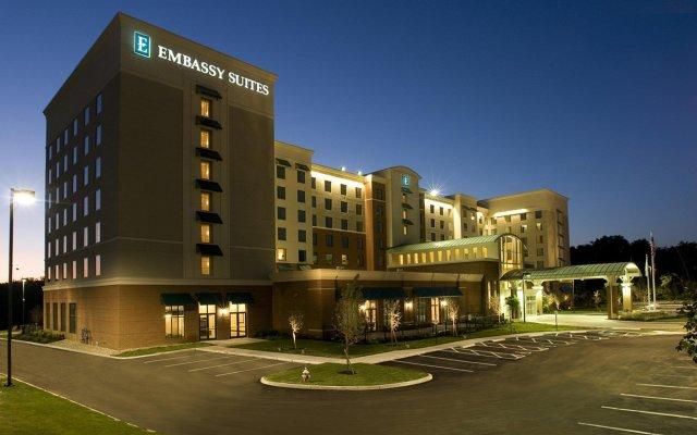 Отель Embassy Suites Columbus - Airport вид на фасад