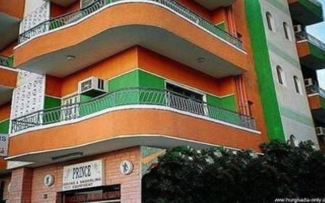 4 Seasons Hotel вид на фасад