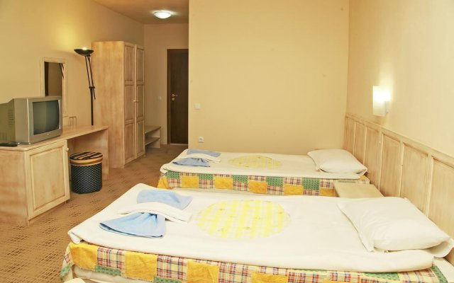 Отель Ravda Bay Guest House Болгария, Равда - отзывы, цены и фото номеров - забронировать отель Ravda Bay Guest House онлайн вид на фасад