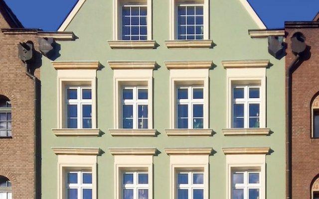 Elewator Gdansk Hostel вид на фасад