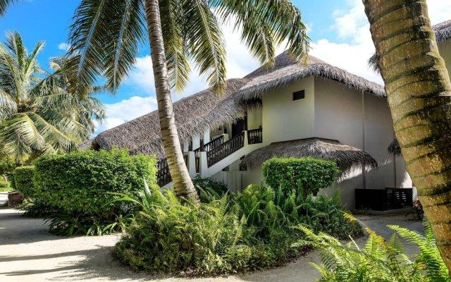 Отель Sheraton Maldives Full Moon Resort & Spa Мальдивы, Остров Фуранафуши - отзывы, цены и фото номеров - забронировать отель Sheraton Maldives Full Moon Resort & Spa онлайн вид на фасад