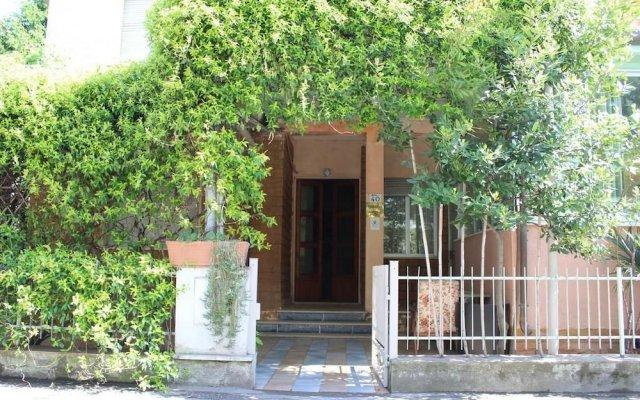 Отель Taormina B&B Римини вид на фасад