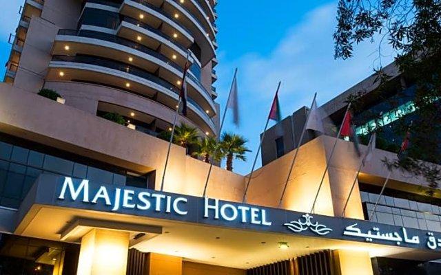 Majestic City Retreat Hotel вид на фасад