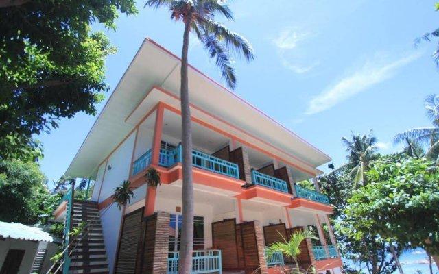 Отель Mountain Reef Beach Resort вид на фасад