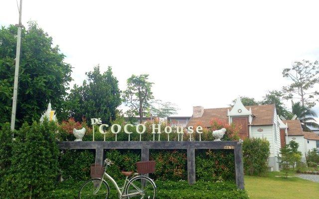 Отель De Coco House Sriracha вид на фасад