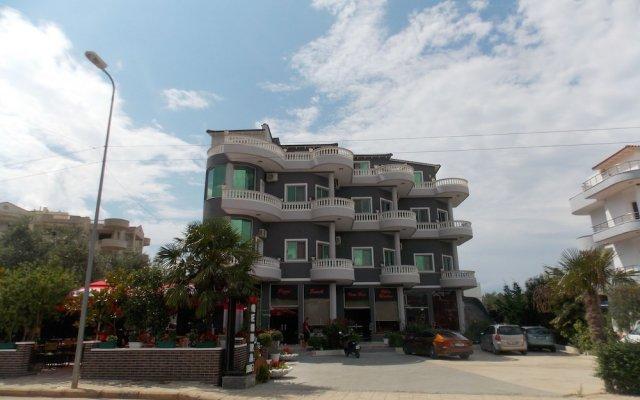 Отель Villa Qendra Албания, Ксамил - отзывы, цены и фото номеров - забронировать отель Villa Qendra онлайн вид на фасад