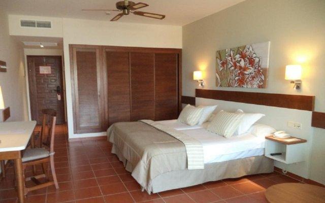 Отель Tui Magic Life Fuerteventura комната для гостей