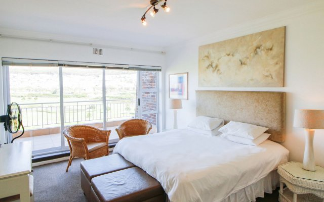 Mouille Point Apartment