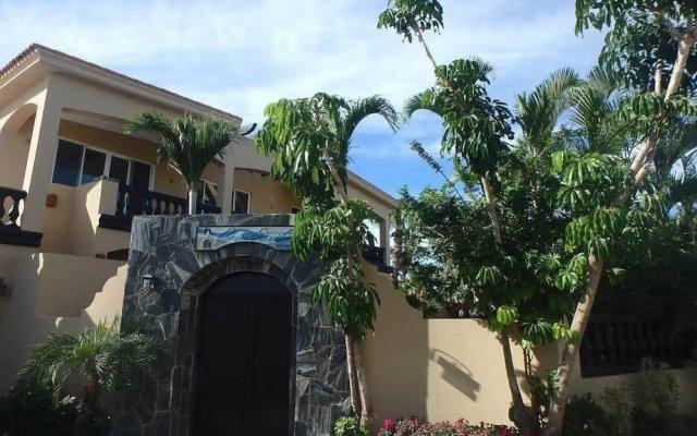 Отель Casa Corita вид на фасад