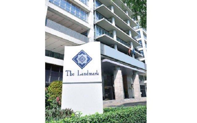 Отель The Landmark вид на фасад