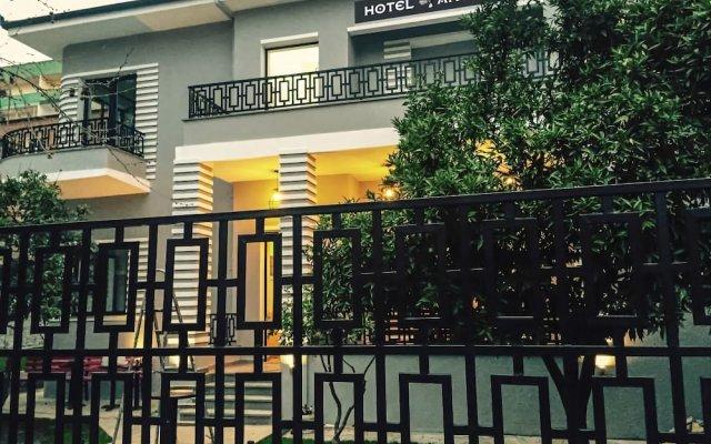 Hotel Antigone 0
