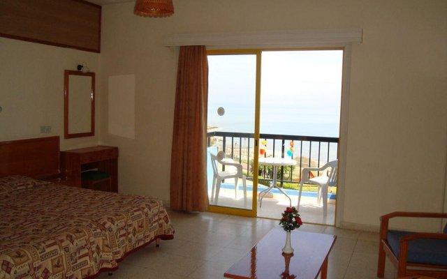 Отель Evalena Beach Hotel Apartments Кипр, Протарас - отзывы, цены и фото номеров - забронировать отель Evalena Beach Hotel Apartments онлайн комната для гостей