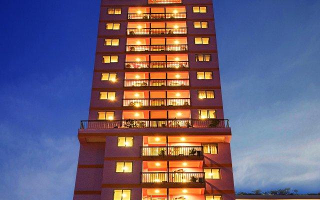 Отель Golden Rain 2 Нячанг вид на фасад