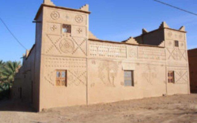 Отель Dar Pienatcha Марокко, Загора - отзывы, цены и фото номеров - забронировать отель Dar Pienatcha онлайн вид на фасад