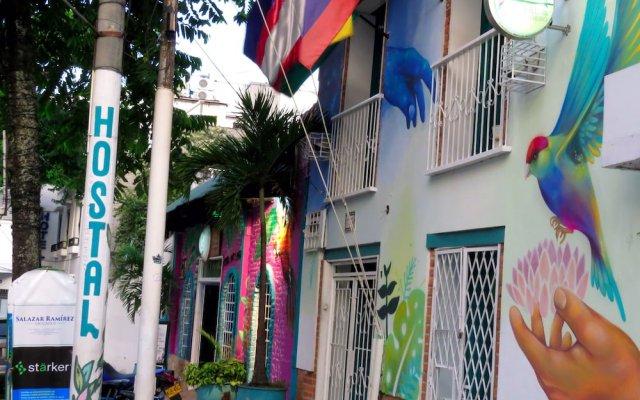 Отель Hostal Pajara Pinta вид на фасад