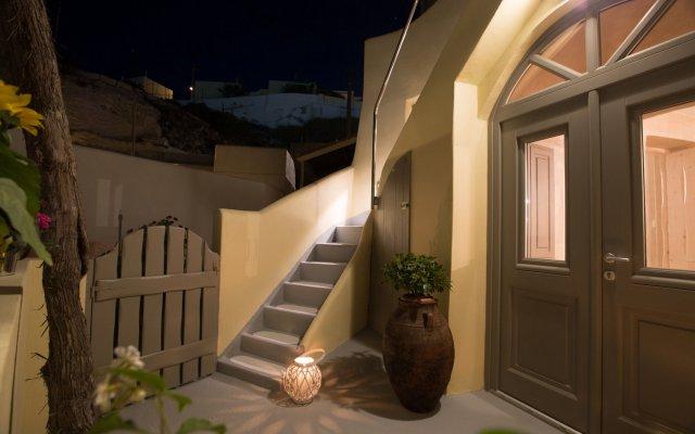 Отель Love Nest villa Греция, Остров Санторини - отзывы, цены и фото номеров - забронировать отель Love Nest villa онлайн вид на фасад