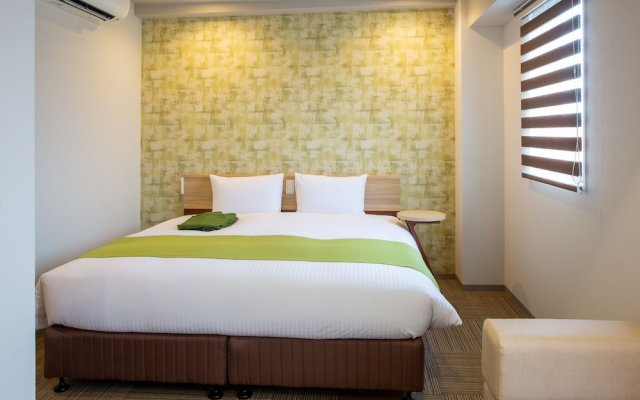 Отель Kuretake-Inn Premium Ogakiekimae Огаки