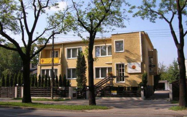 Отель Gold Польша, Познань - отзывы, цены и фото номеров - забронировать отель Gold онлайн вид на фасад