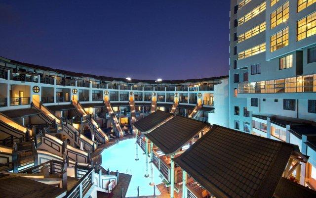 Limak Lara Deluxe Hotel & Resort вид на фасад