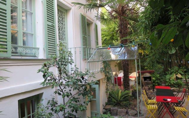 Hotel Eldorado Париж вид на фасад