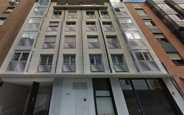 Отель Eric Vökel Boutique Apartments - Atocha Suites Испания, Мадрид - отзывы, цены и фото номеров - забронировать отель Eric Vökel Boutique Apartments - Atocha Suites онлайн вид на фасад