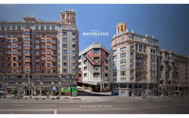 Отель Mayorazgo Мадрид вид на фасад