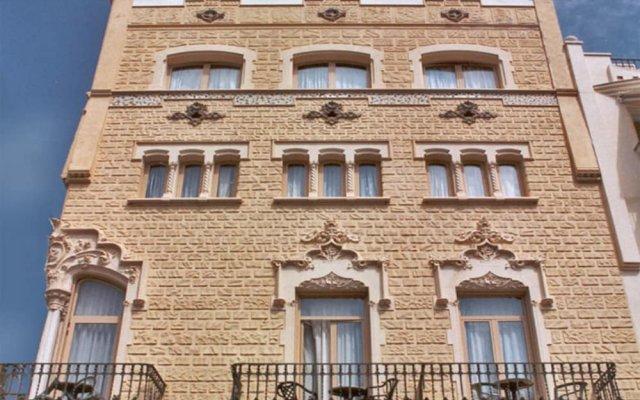 Отель Celimar вид на фасад