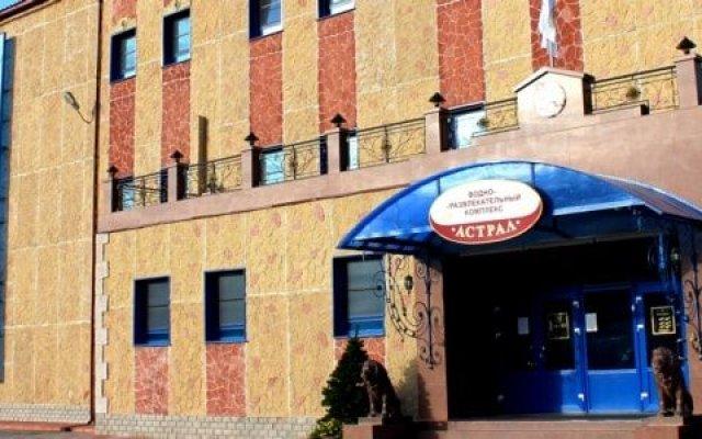 Гостиница Астрал (комплекс А) в Тихвине отзывы, цены и фото номеров - забронировать гостиницу Астрал (комплекс А) онлайн Тихвин вид на фасад