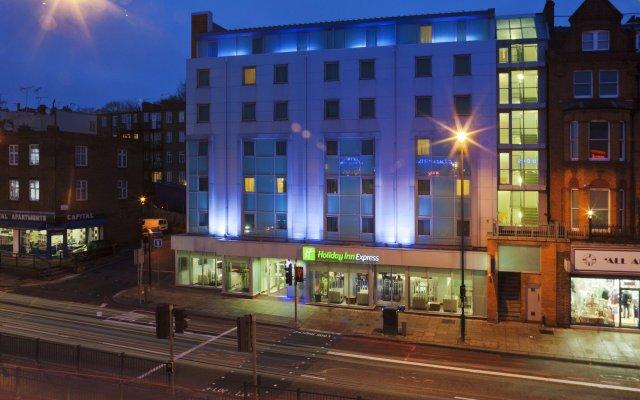 Отель Holiday Inn Express London-Swiss Cottage Великобритания, Лондон - отзывы, цены и фото номеров - забронировать отель Holiday Inn Express London-Swiss Cottage онлайн вид на фасад