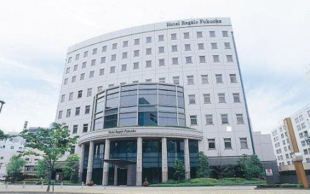Hotel Regalo Fukuoka Фукуока вид на фасад