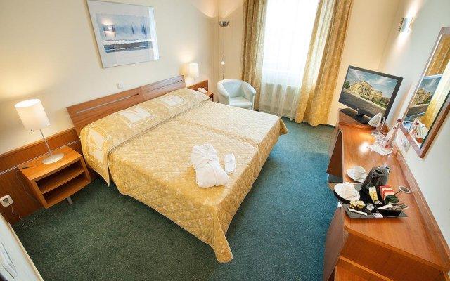 Отель Ramada Airport Hotel Prague Чехия, Прага - 2 отзыва об отеле, цены и фото номеров - забронировать отель Ramada Airport Hotel Prague онлайн комната для гостей