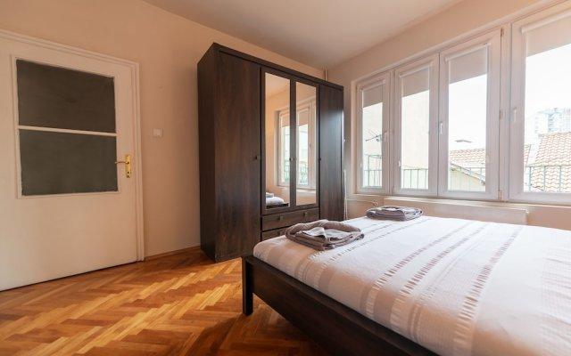 Апартаменты Saint George Apartment комната для гостей