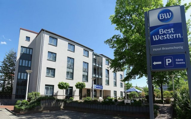 Best Western Hotel Braunschweig вид на фасад