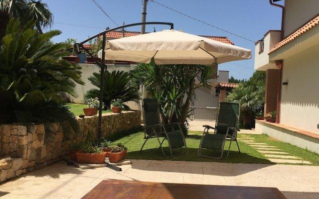 Traditional Villa in Cinsi With Garden