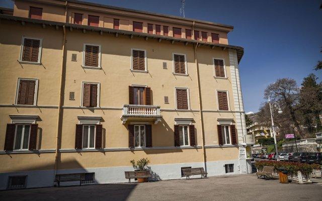 Astoria Hotel& Ninfea SPA Фьюджи вид на фасад