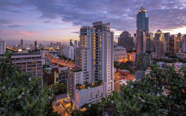 Отель DoubleTree by Hilton Bangkok Ploenchit Бангкок вид на фасад