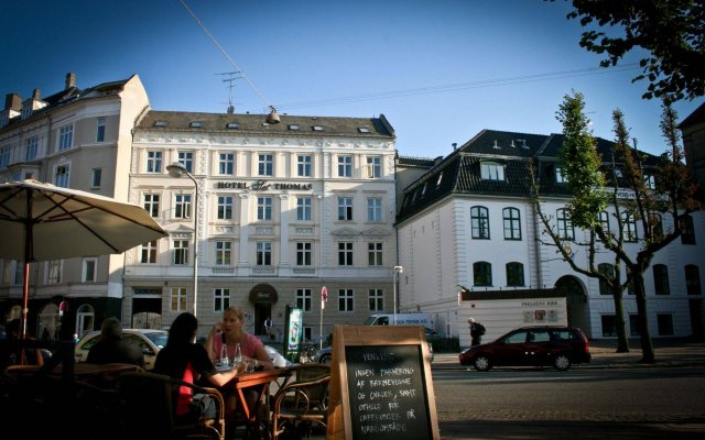 Hotel Sct Thomas вид на фасад