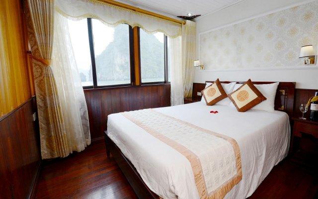 Отель Imperial Classic Cruise Halong комната для гостей