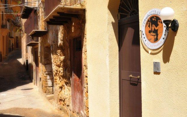 Отель B&B La Grotta Greca Италия, Агридженто - отзывы, цены и фото номеров - забронировать отель B&B La Grotta Greca онлайн вид на фасад