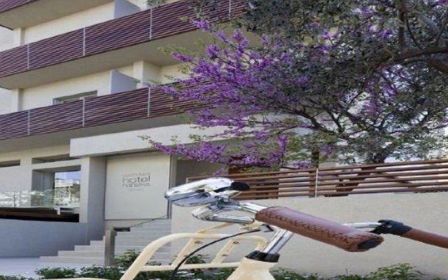 Отель COCO-MAT Hotel Nafsika Греция, Кифисия - отзывы, цены и фото номеров - забронировать отель COCO-MAT Hotel Nafsika онлайн вид на фасад
