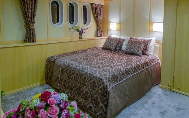 Отель Fantom Luxury Yacht Мальдивы, Остров Гасфинолу - отзывы, цены и фото номеров - забронировать отель Fantom Luxury Yacht онлайн комната для гостей