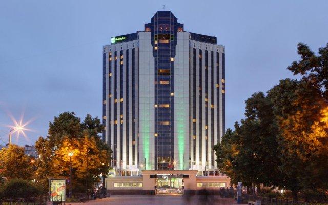 Отель Холидей Инн Москва Сокольники вид на фасад
