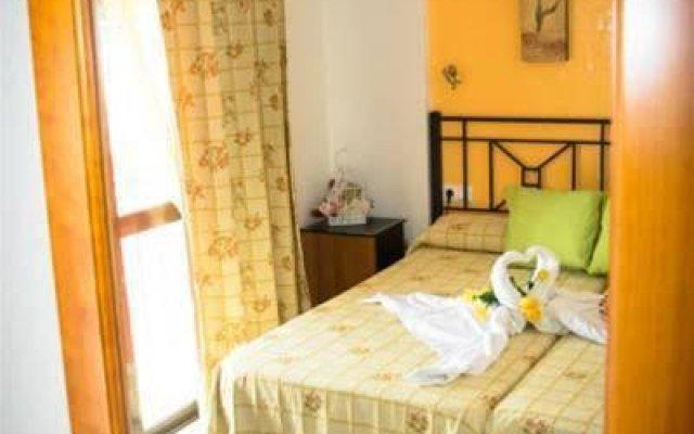 Отель Hostal Malia Испания, Кониль-де-ла-Фронтера - отзывы, цены и фото номеров - забронировать отель Hostal Malia онлайн