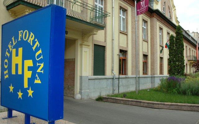 Hotel Fortuna вид на фасад