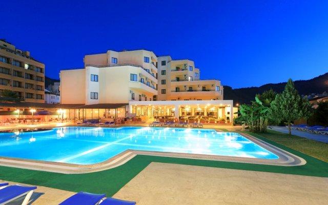 Idas Club Hotel - All Inclusive вид на фасад