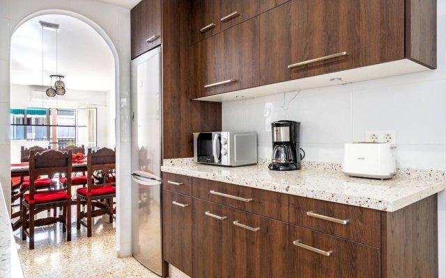 Отель Large Apartment in Prime Location in Fuengirola Ref 98 Испания, Фуэнхирола - отзывы, цены и фото номеров - забронировать отель Large Apartment in Prime Location in Fuengirola Ref 98 онлайн