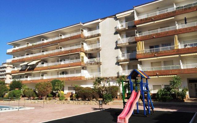 Отель RVhotels Apartamentos Lotus Испания, Бланес - отзывы, цены и фото номеров - забронировать отель RVhotels Apartamentos Lotus онлайн вид на фасад