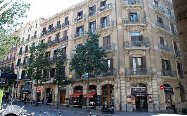 Отель Barcelona Atic Испания, Барселона - отзывы, цены и фото номеров - забронировать отель Barcelona Atic онлайн вид на фасад